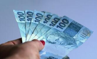 Governo encaminha projeto para descontar do salário o auxílio emergencial recebido irregularmente por servidores