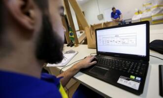CURSOS DE GRADUAÇÃO : Inadimplência  cresce no 1º semestre no País