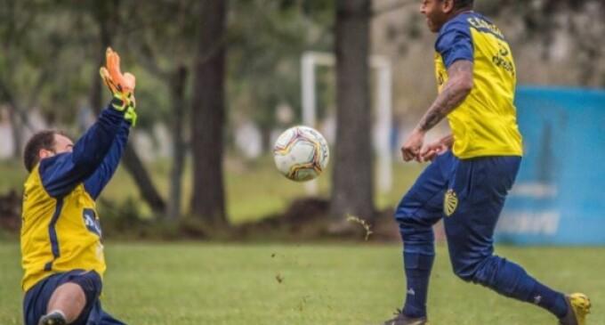 PELOTAS : Sem Juliano, desafio do fim de semana é o Joinville