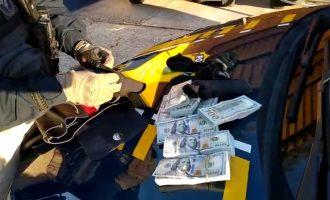 POLÍCIA RODOVIÁRIA : Homem transportava US$100 mil  escondidos em meias na BR 116
