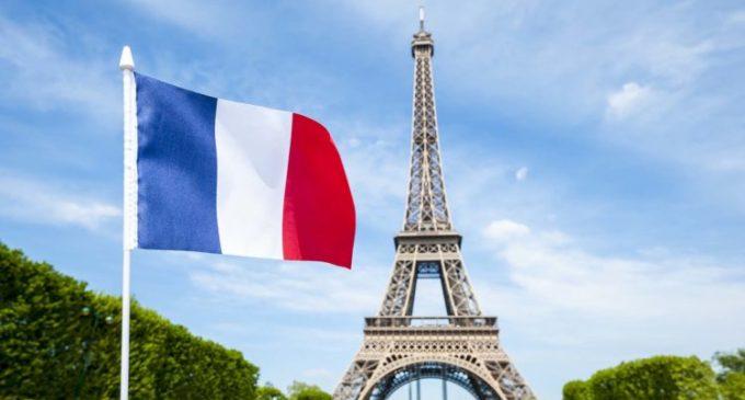 Falar, ler e escrever  em língua francesa