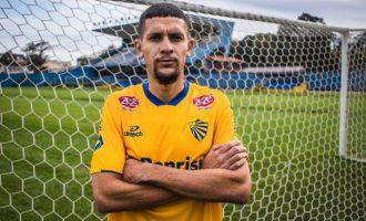 Zagueiro Gabriel Silva comenta desafios do Pelotas