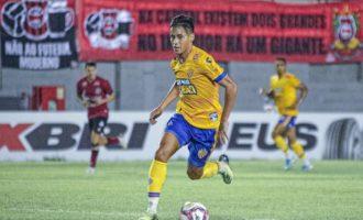"""""""Campeonato requer intensidade e disputa"""", afirma José Aldo"""