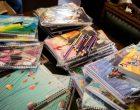 Prefeitura recebe doação de mais de 50 kits de material escolar