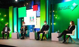 Em celebração de 60 anos do BRDE, Leite reforça atuação do banco no enfrentamento à pandemia