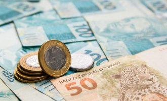 Instituições financeiras devem R$ 8 bilhões aos brasileiros