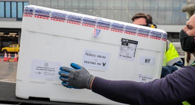 Estado distribui vacinas Pfizer e Coronavac na quarta-feira (15)
