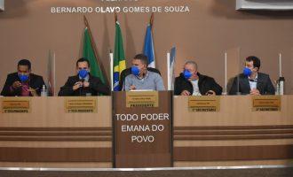 CRISE POLÍTICA : Câmara tranca pauta para projetos da Prefeitura