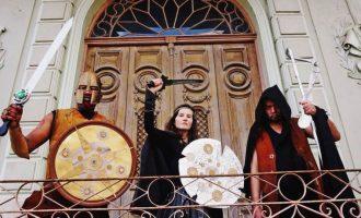 "HIP HOP  : Luta contra o racismo  no vídeo ""Gladiador"""