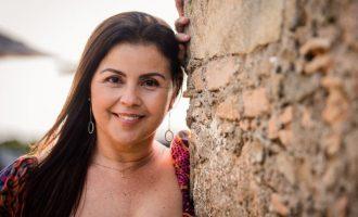 """Leila Rosa lança single  """"Samba Irreverente"""""""