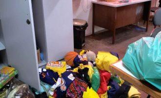 Ladrões invadem escola  e furtam equipamentos