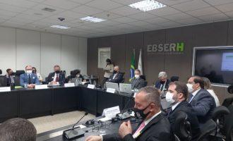 EM BRASÍLIA :  Comitiva pelotense reivindica Hospital Escola de grande porte